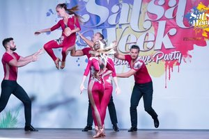 Big thumb salsa week 2018 show extravagance dc italia andrea and silvia dance school